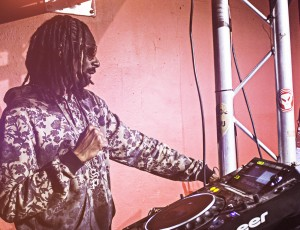 DJ SNOOPADELIC (Snoop Dogg) DJ set bookings for the UK & Europe